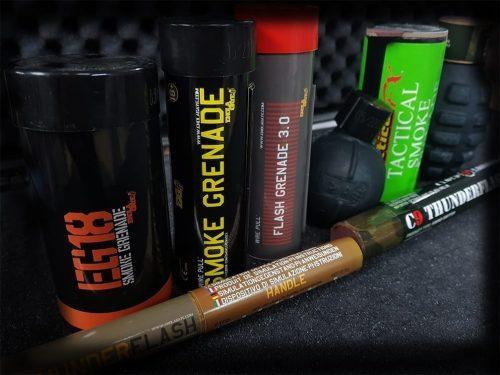 Airsoft thunder flash and smoke grenades mk5