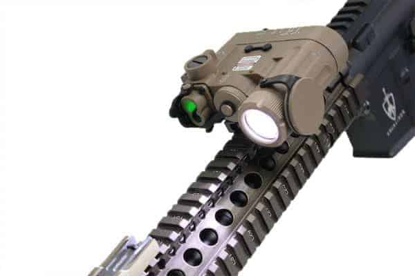 Wadsn DBAL-D2 Flashlight With Red And Green Laser - Dark Earth