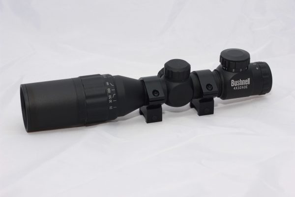 Bushnell 4x32 AOE Illuminated Scope With Mount Rings